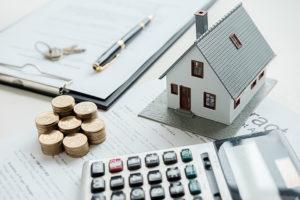 Courtier immobilier ou banque? Mettez-les en concurrence!